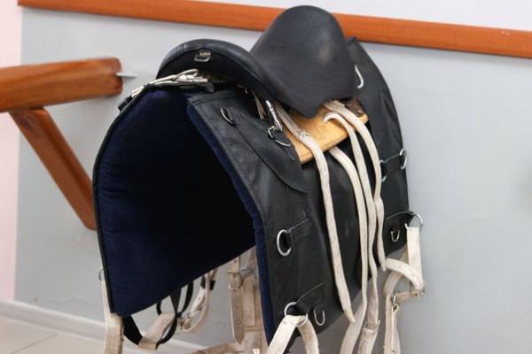Седло охотничье-грузовое купить в интернет магазине конной амуниции