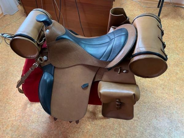 Седло Турист Мегасбор купить в интернет магазине конной амуниции
